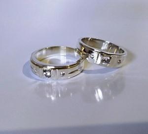 Cincin kawin, cincin costum, cincin tunangan, cincin nikah, cincin couple, cincin mas, cincin mas putih, cincin paladium, cincin silver, cincin perak, disain Cincin kawin, disain cincin costum, disain cincin tunangan,disain cincin nikah, disain cincin couple, Cincin kawin perak, cincin costum perak, cincin tunangan perak, cincin nikah perak, Cincin kawin mas, cincin costum mas, cincin tunangan mas, cincin nikah mas, Cincin kawin paladium, cincin costum paladium, cincin tunangan paladium, cincin nikah paladium, Cincin kawin silver, cincin costum silver, cincin tunangan silver, cincin nikah silver, harga cincin kawin, pengrajin cincin kawin, silver wedding ring, Cincin kawin masputih, cincin costum masputih, cincin tunangan masputih, cincin nikah masputih, disain cincin mas putih