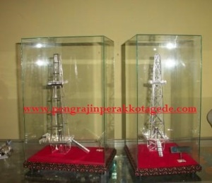 replika, miniatur, maket, pengrajin maket, pertamina, petro china