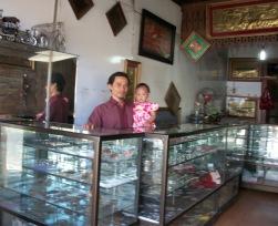 pengrajin perak, kerajinan perak, silver handycraft, toko perak, toko souvenir